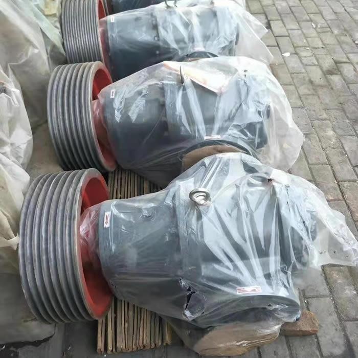 通过输送和压缩气体产生热,罗茨真空泵必须从转子传给壳体